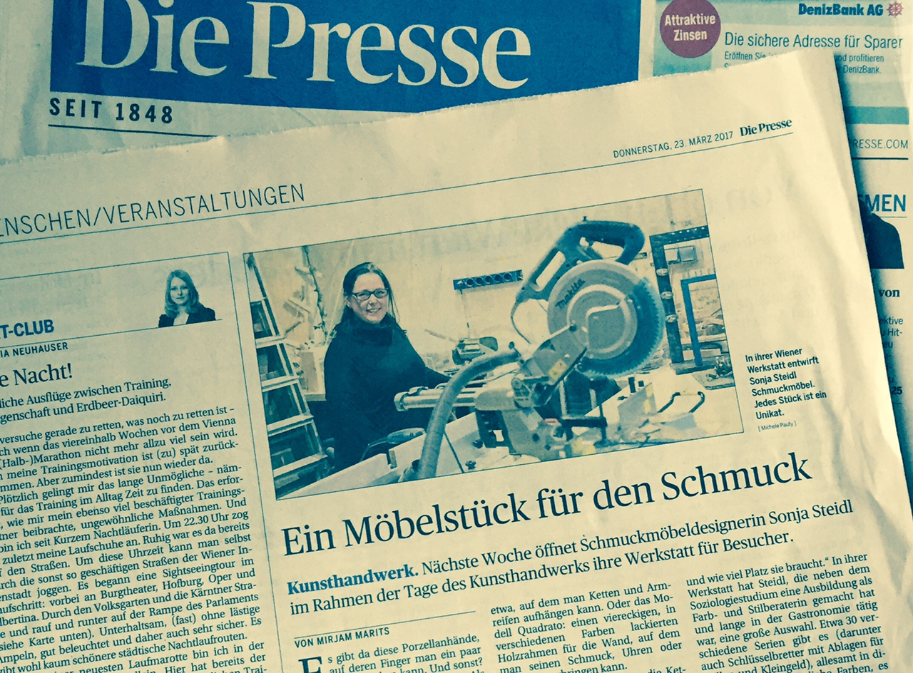 """smARTe Schmuckmöbel in der Zeitung """"Die Presse"""""""